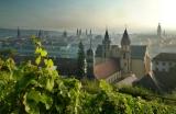 Herbstlicher Blick vom Schlossberg über Würzburg