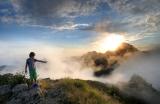 Sonnenuntergang in den Apuanischen Alpen, den Marmorbergen der Toskana